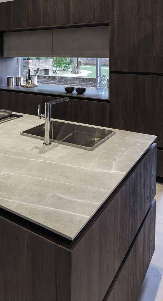 073 LINEA 3 COCINAS SHOWROOM MADRID (SPAIN) Island: Zaha Stone