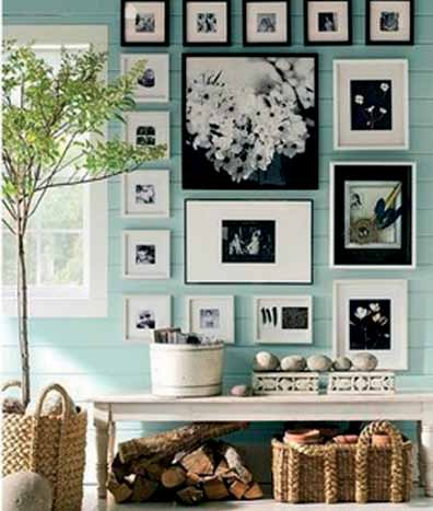 Use vintage frames of same color, but with different dimensions or patterns.
