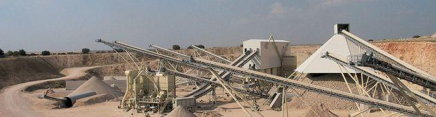 Hanson Cement Mining quarry rock crushing application A leading aggregates and premixed concrete supplier.