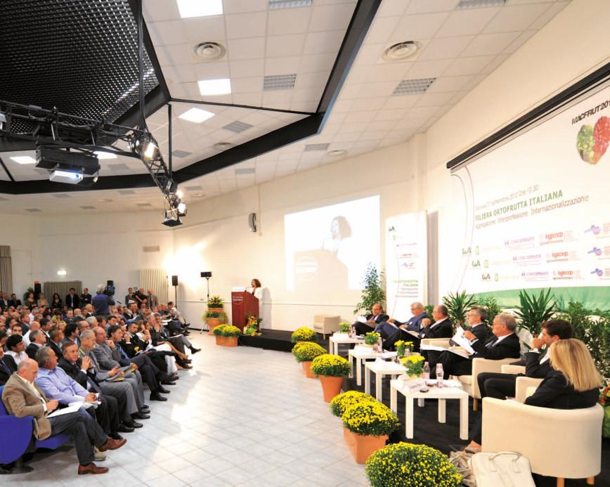 MACFRUT Preview Cesena Expo Centre Tuesday 22 September 2015 Topics: Sales outlets of the future