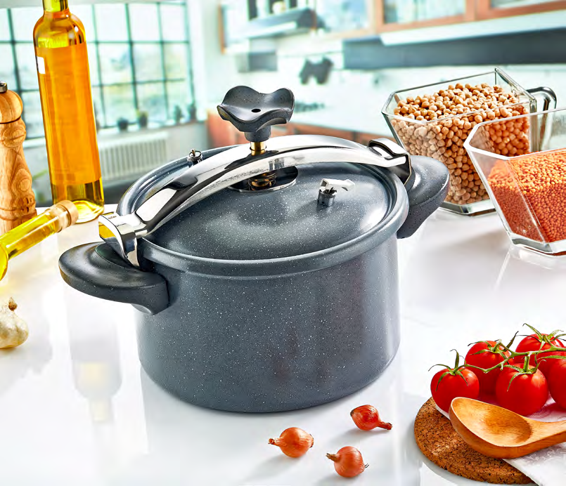 Frypans Wok Pot & Pressure Cooker ITEM NO DESCRIPTION THICKNESS MM. DIAMETER CM. FE107-24 Elegance Frypan 3,5 24 ITEM NO DESCRIPTION THICKNESS MM. LT.