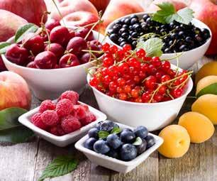 büyük rol oynuyor. It s a good idea to take advantage of the increased variety of fruits and vegetables in summer. According to experts, fruits and vegetables should be consumed 6-7 times a day.