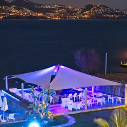 MejorCosta Bar & Lounge, with its magnificent beach & lush garden, is the perfect choice for a beach wedding, birthday